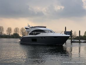 AA3 PRINCESS 49 FLYBRIDGE