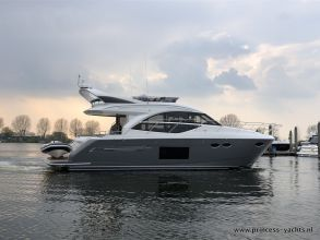 AA4 PRINCESS 49 FLYBRIDGE