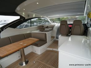 BB1 PRINCESS V39 AFTDECK