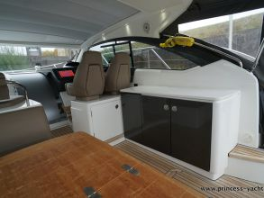 BB6 PRINCESS V39 2015 AFTDECK