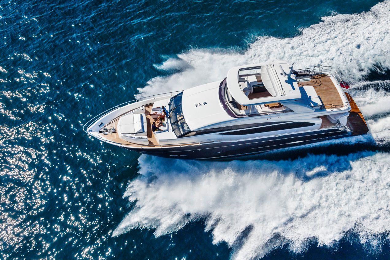 88-motor-yacht