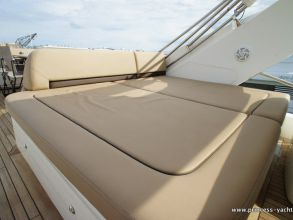 KK2 PRINCESS 72MY 2012 FLYBRIDGE