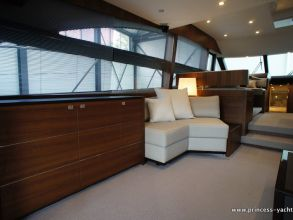 BB4 PRINCESS 60 FLYBRIDGE SALOON