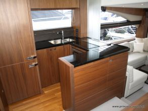 BB6 PRINCESS 60 FLYBRIDGE DINETTE