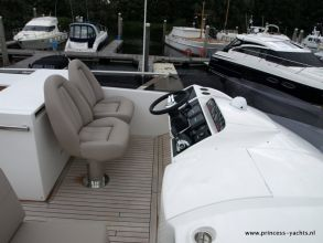 CC2 PRINCESS 60 FLYBRIDGE FLYBRIDGE