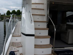 DD2 PRINCESS 60 FLYBRIDGE AFTDECK